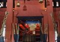 过道,吊灯,沙发,台灯,背景墙,装饰柱,矮墙,装饰摆件