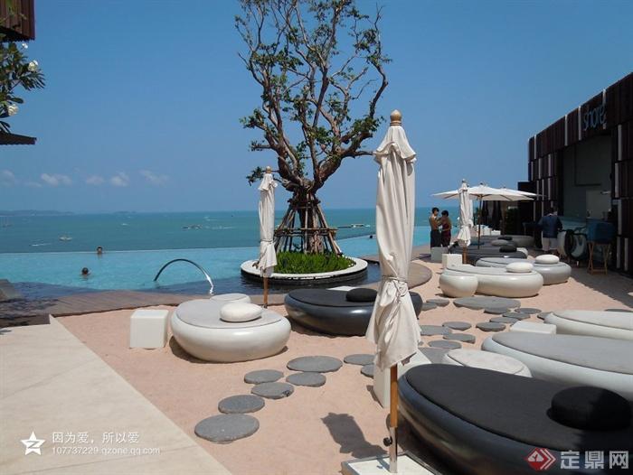 坐凳,汀步,遮阳伞,树池,泳池景观