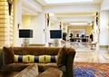 沙发,地面铺装,地灯,装饰摆件,酒店空间