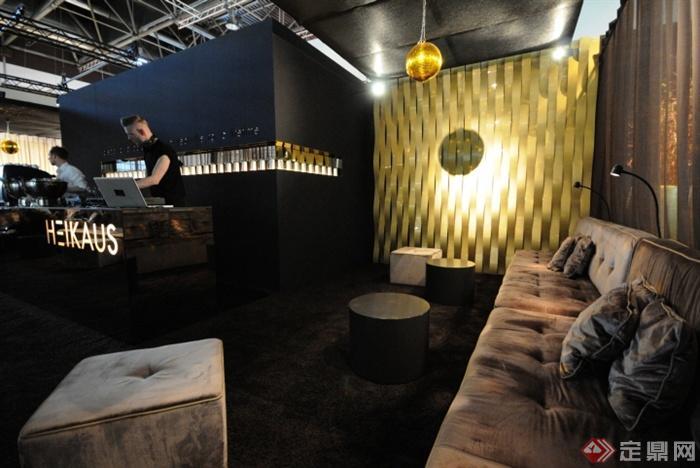 沙发,茶几,形象墙,吊灯,柜台,背景墙,酒吧