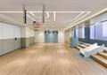 木地板,臺階,滑梯,活動室