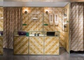 柜台,形象墙,装饰挂件,窗帘布艺,鞋店