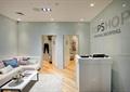 柜台,?#25214;?#21488;,沙发,茶几,地毯,形象墙,木地板