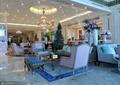 沙发,茶几,吊灯,天花吊顶,花瓶插花,地面铺装,客厅,住宅景观