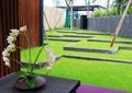 花瓶插花,摆件,装饰品,桌子,草坪,住宅景观
