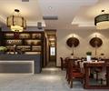 餐桌椅,吊灯,吧台,酒柜,装饰画,地面铺装,餐厅