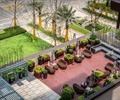 阳台花园,藤编桌椅,沙发,花钵,地面铺装,草坪,庭院景观,住宅景观