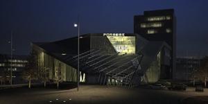 毕业设计 保时捷4S店设计