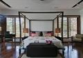 卧室,床,架子床,床脚凳,椅子,木地板,书桌椅
