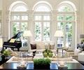 茶几,盆景,沙发,地灯,背景墙,窗子,客厅