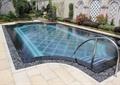 泳池,泳池铺装,泳池壁,水池,地面铺装,栏杆扶手