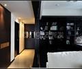 过道,书架,沙发,门套