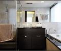 卫生间,洗手台,浴缸,镜子,淋浴间