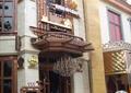 酒吧门头造型,工业雕塑小品,艺术雨棚,水景吊灯