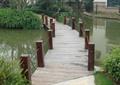 小區木棧道橋,木欄桿