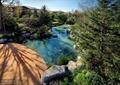 溪流景观,溪流水景,亲水平台,灌木丛,自然景石
