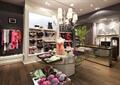商店设计,商店展示,展示台,模特,吊灯,衣架,装饰柜