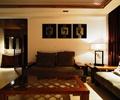 客廳,沙發組合,茶幾,裝飾畫,臺燈