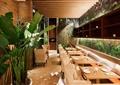 餐饮空间,餐桌椅,餐具