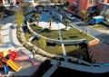 小区休闲区,游乐设施,树池,廊架