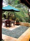 木桌椅組合,遮陽傘
