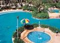 露天泳池,喷泉水池,遮阳伞,高杆灯