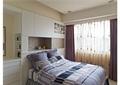 卧室,双人床,柜子,窗帘