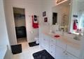卫生间,洗漱台,洗漱镜,洗漱柜,洗漱盆