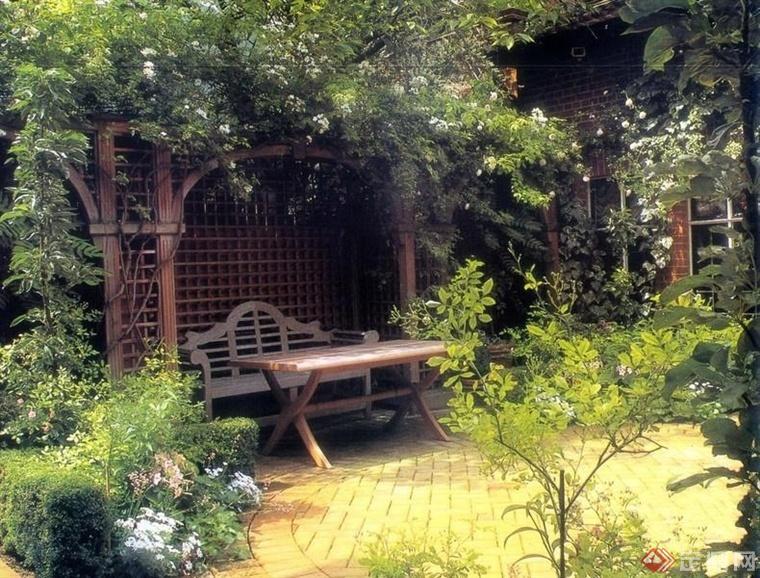 西式庭院的植物景观设计