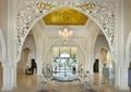 水晶吊灯,景观水池,装饰墙,地面铺装,地灯,酒店空间