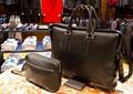 包,包架,桌子,衣架,西服,服装店