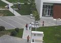 园路,地面铺装,休闲廊架,坐凳,草坪,路灯,灌木球,住宅景观