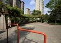 铁艺栏杆,园路,地面铺装,弧形花架,景观树,住宅景观