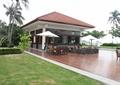 草坪,木地板,伞桌椅,桌椅组合,凉亭
