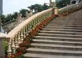 圍欄,圍欄欄桿,欄桿扶手,花卉植物,花卉盆景,人物雕塑,花缽,臺階踏步