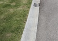 水沟,下水孔,草坪,道路