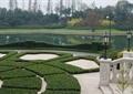 路灯,罗马柱雕花,湖水景观