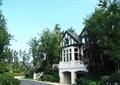 路灯,围栏,树池,花池,围栏栏杆