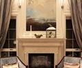椅子,壁炉,地毯,装饰画,壁灯,客厅