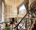 楼梯,栏杆,吊灯,别墅空间