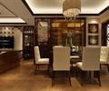餐桌,屏风,镜面墙,装饰画,吊灯,餐厅
