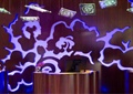 服务台,形象墙,吊灯,酒吧装饰