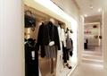 服装店,衣服架,天花吊顶