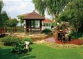 庭院景觀,庭院花園,草坪,木涼亭,桌凳,水池,假山