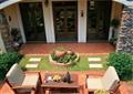 庭院景观,庭院设计,沙发桌椅组合,雕塑小品,花钵