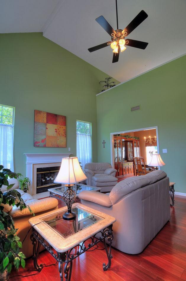 客厅,客厅沙发,沙发组合,茶几,台灯